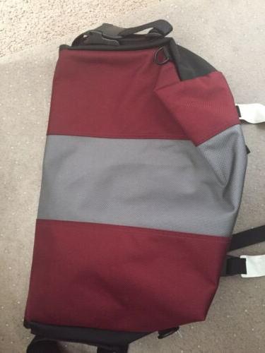 Timbuk2 Medium Messenger Bag Burgundy Never Used.
