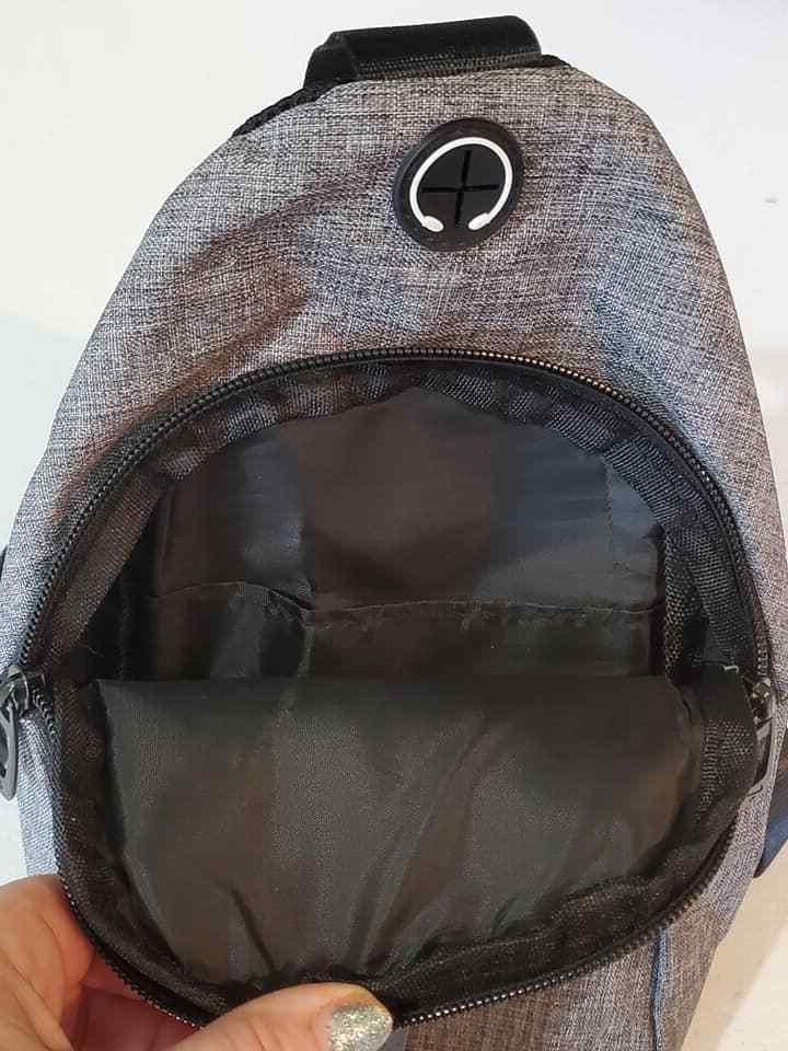Nike Messenger Crossbody Bag