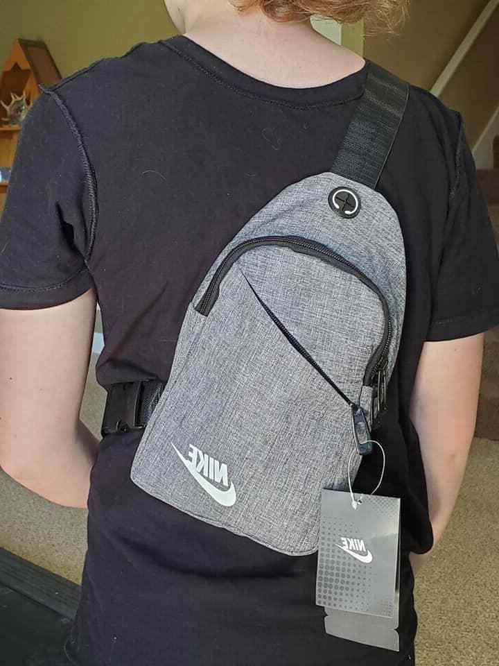 Nike Unisex Messenger Crossbody