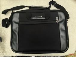 "Kenneth Cole Reaction NEW R-Tech 17"" Laptop Messenger Bag"